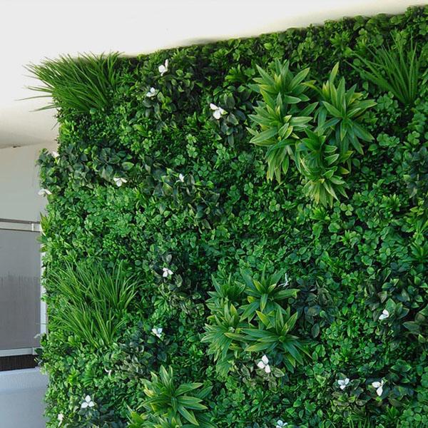 Mur en végétaux artificiels